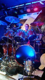 Drummer sucht Band