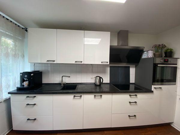 Einbauküche inklusive Geräte