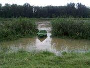 Gebrauchtes Fischerboot u gebrauchter Bootsanhänger