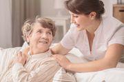 Betreuung für Senioren Altenbetreuung zu