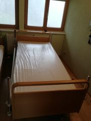 Pflege- Krankenbett