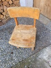 Stuhl 60 Jahre alt