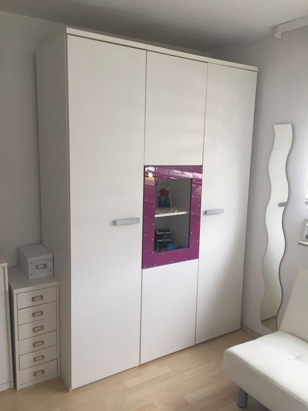 Schönes Mädchenzimmer in Laudenbach - Kinder-/Jugendzimmer kaufen ...