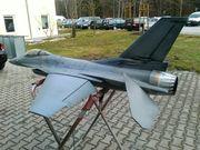 F-16 TURBINEN JET