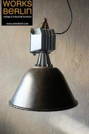 Einzelstück große vintage Fabriklampe