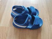 Neuwertige Wassersandalen Badeschuhe Adidas Gr