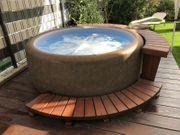 Whirlpool Resort 300