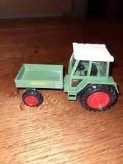 FENDT Traktor Auto Bruder