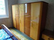 Kleiderschrank 60er Jahre Holzfurnier Hochglanz