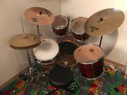 Schlagzeug komplett