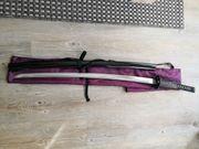 Japanisches Schwert und Holzschwert