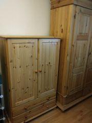 Kommode Kleiderschrank Holz massiv Möbelum