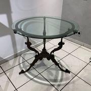 Gusseisener Tisch mit Glasplatte