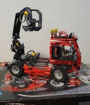 LEGO Technic Truck mit Pneumatik-Kran