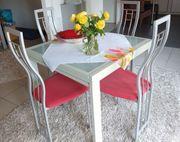 Esszimmertisch mit 4 Stühlen zu
