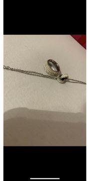 Ring und Armkette