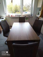 Essgruppe 5tlg Tisch und 4