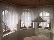 3 Holzgardinenstangen mit Vorhängen