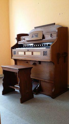 Tasteninstrumente - Jugendstil-Harmonium
