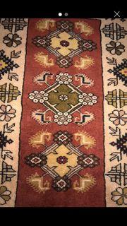 Antike Hand geknüpfter Teppich zu