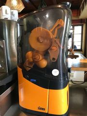 Zumex Gastro Profi Orangenpresse
