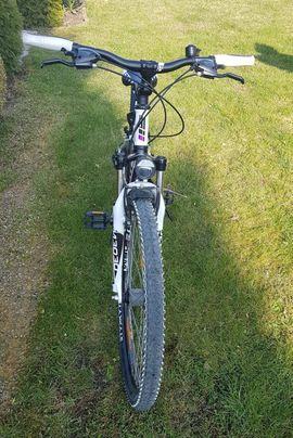 Bild 4 - Neuwertiges Mountainbike Fahrrad 27 5 - Au