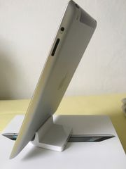 Apple iPad Docking Station