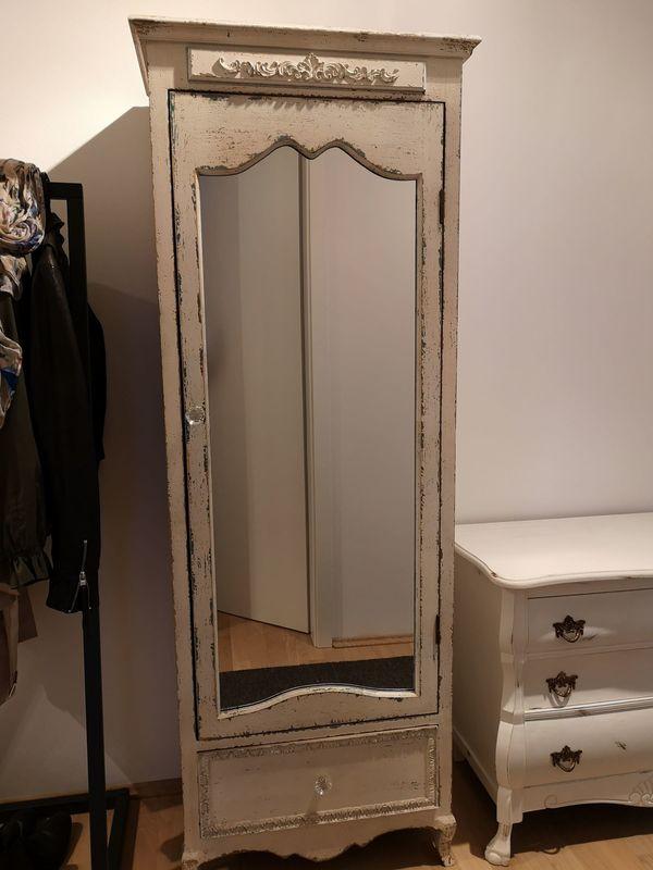 Wunderschöner Spiegelschrank Shabby Chic, weiß, wie neu in ...