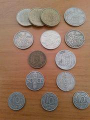 mehrere spanische Münzen