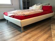 Bett 140x200 mit Lattenrost und