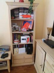 Pinie gekälkt Bücherregal