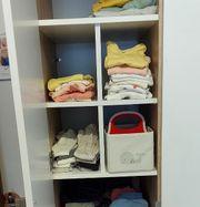 Kleiderschrank-Unterteilung