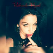 Bizarrelady Valerie la Voughe