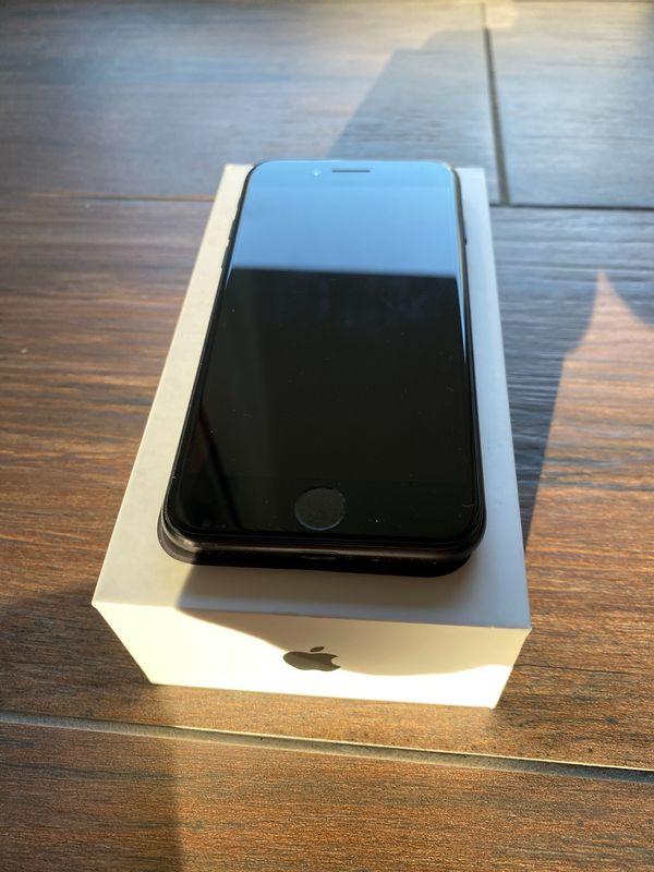 iPhone 7 - 128 GB - mit