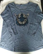 Blaues T-Shirt langarm