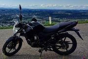 Yamaha YS125 schwarz Bj 2017