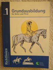 FN Grundausbildung für Reiter und