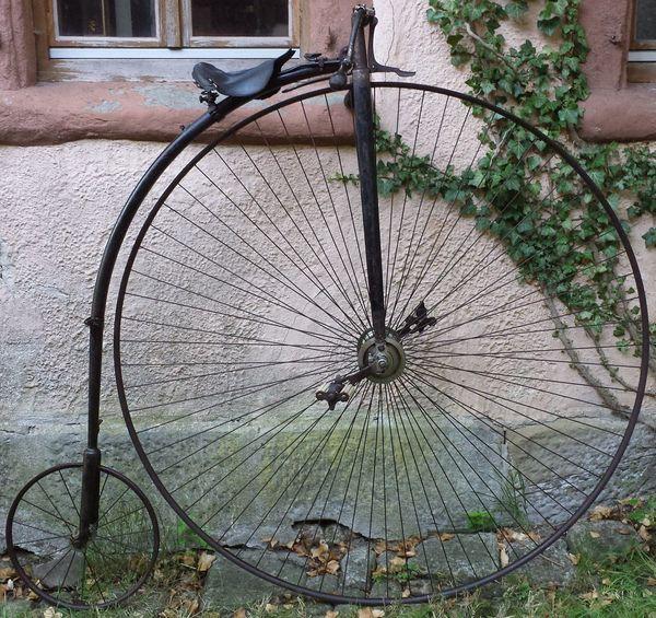 Hochrad alt Fahrrad Hochradlaterne uraltes