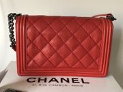 Chanel Medium mit Rechnung