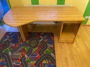 Schreibtisch aus Kiefernholz