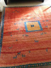 Weicher Teppich gegen kalte Füße