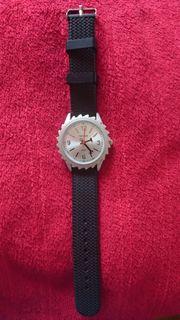 Navox Sägeblatt Armbanduhr