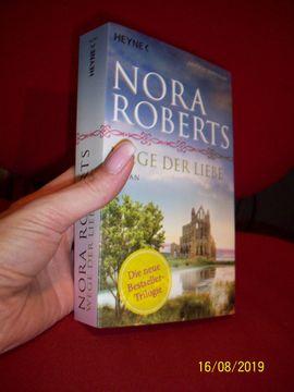 Nora Roberts WEGE DER LIEBE: Kleinanzeigen aus Blankenfelde - Rubrik Allgemeine Literatur und Romane