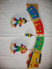 Kindergarderobe aus Holz handbemalt