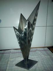 Vase aus Edelstahl handgefertigt