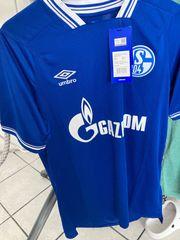 2 Schalke Trikots zu verkaufen