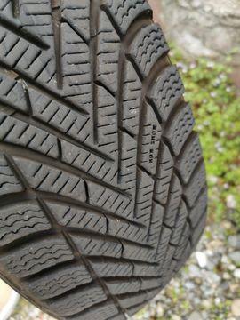 Bild 4 - 4 Pirelli Winterreifen Kompletträder auf - Ettlingen