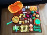 Verschiedenes Spielzeug für die Küche