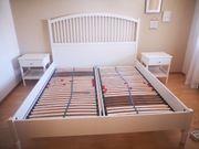 Tyssedal-Bett IKEA Lattenrost und Nachttische