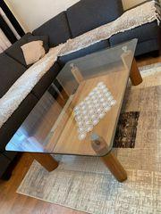 Wohnzimmer Tisch aus massivholz